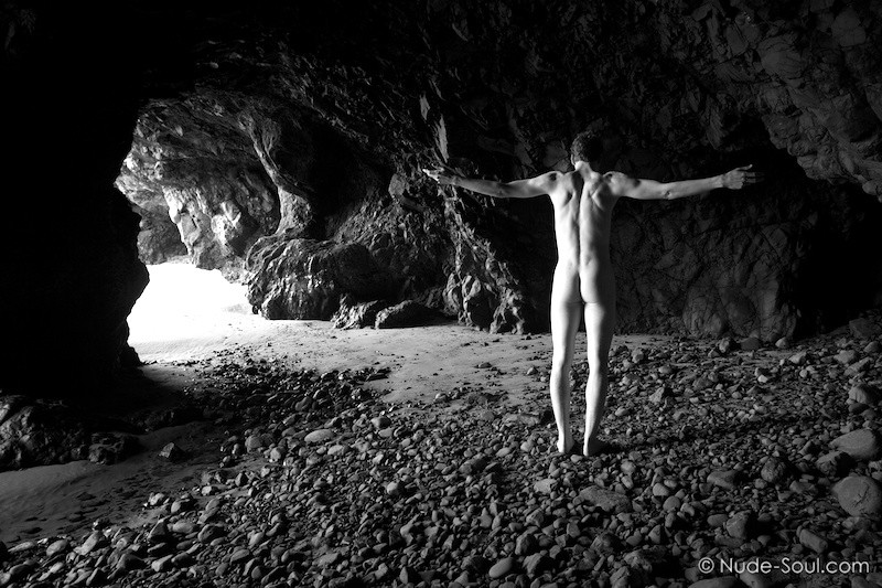 Cave Cruciform – Nature Au Natural